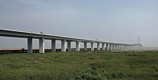 Топ-10 самых длинных мостов мира A819b223d4d04f98eb0ea8d4c8f78f5a