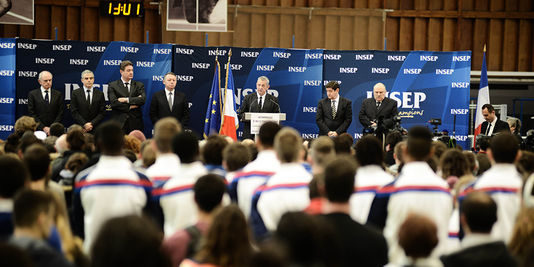 Zeremonie zu ehren von Florence Arthaud, Camille Muffat und Alexis Vastine, der Sonntag, Paris, mittwoch, 11. märz.