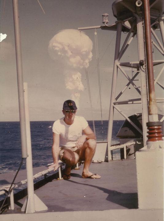 Claude Lequesne, marin auf der Edic 9082, engin für die anlandung von der infanterie und panzer, 1966, Muroroa.