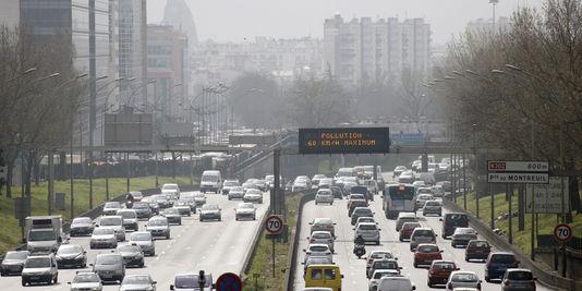 in der nähe der ballungsräume, der straßenverkehr ist in erster linie verantwortlich für die emissionen von feinstaub.