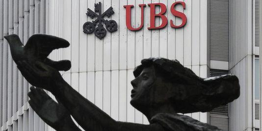 Eine entscheidung des Genfer gericht zwingt banken zu kommunizieren, um ihre mitarbeiter die daten, die sie betreffen, sie haben den us behörden übermittelt, so dass die angst vor verhaftungen wachsen.