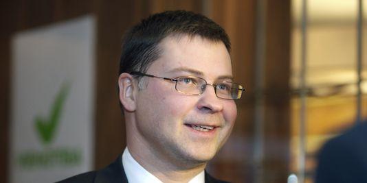 Der ministerpräsident sollte fortsetzung der koalition aus seiner eigenen partei, der Alles für Lettland/ Für das vaterland und die freiheit und die problematik Union der grünen