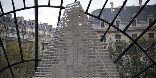 modell des entwurfs tour-Dreieck, gegen die kommt zu stimmen, der rat von Paris.