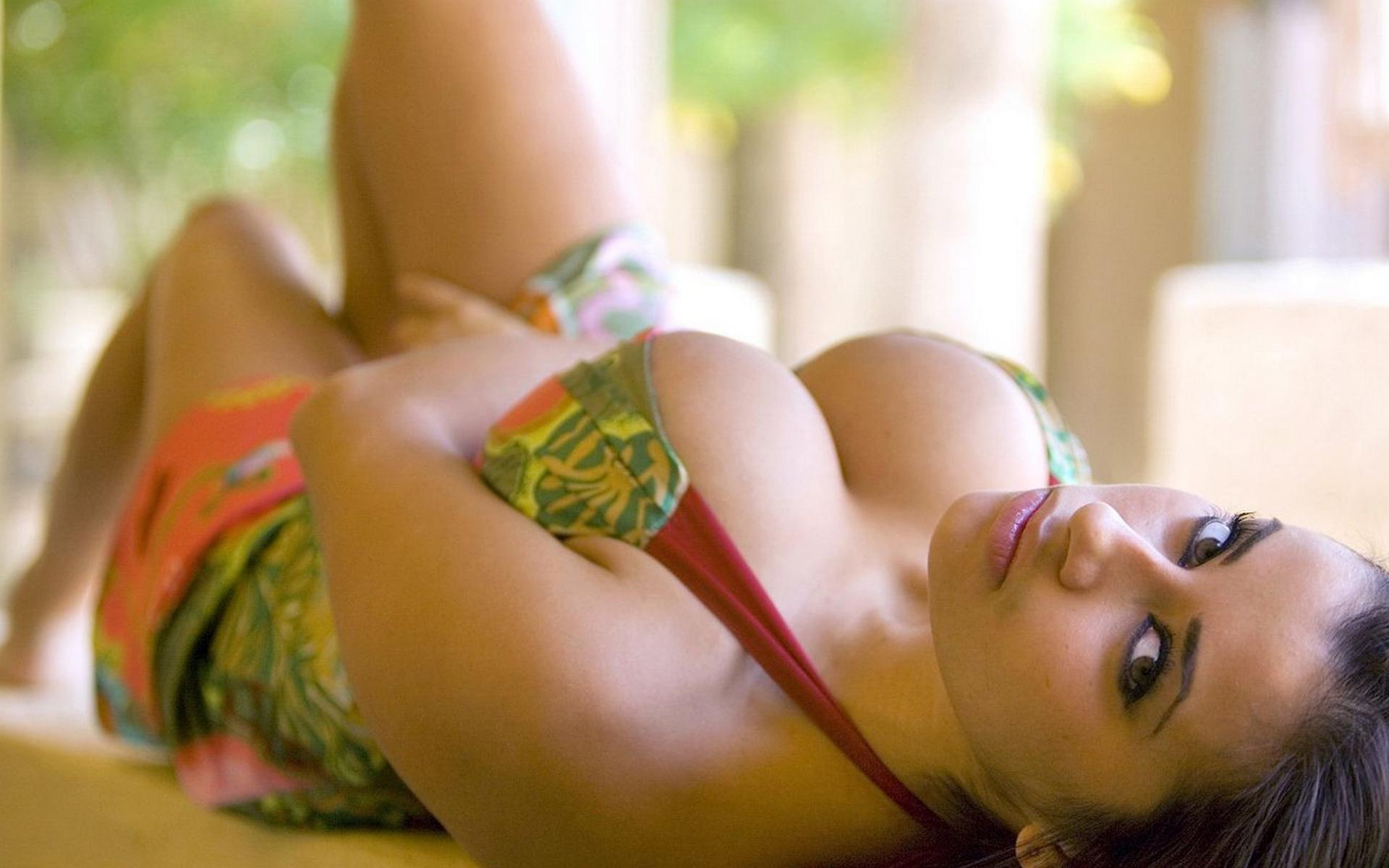 Скачать бесплатно большие груди порно