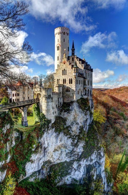 Lichtenstein castle Germany (by Davide Seddio).jpg