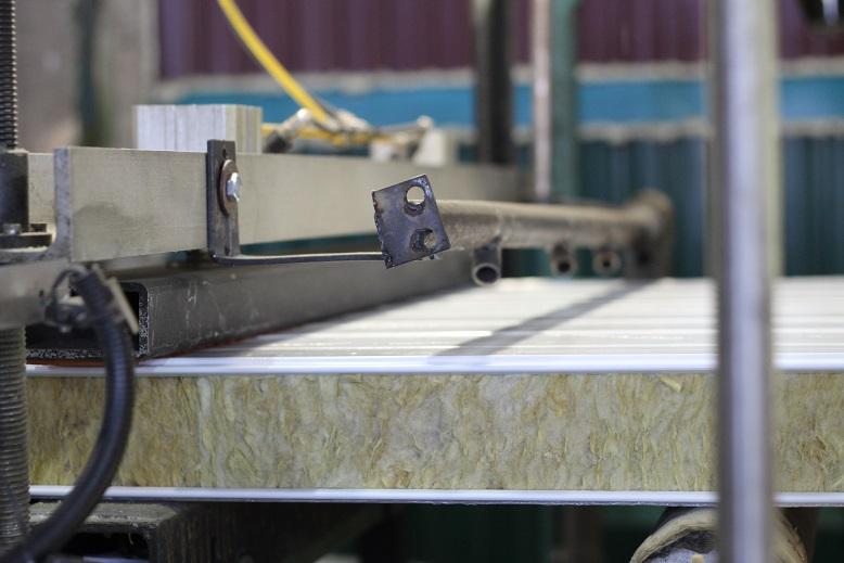 Профлист, сэндвич-панели, металлочерепица, фасонные элементы и другая продукция из качественной стали от производственной компании «Профильсталь»