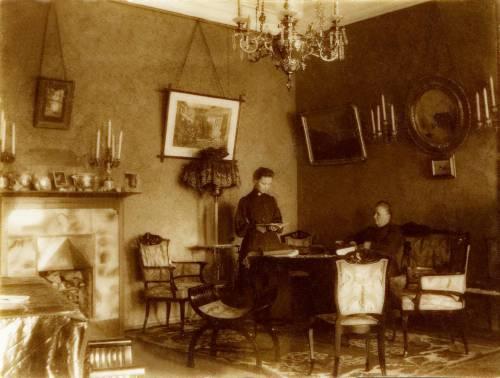 Квартира Вайтенсов на Вознесенском пр.Юля и Кл. Пр. 1902 - цвет.jpg