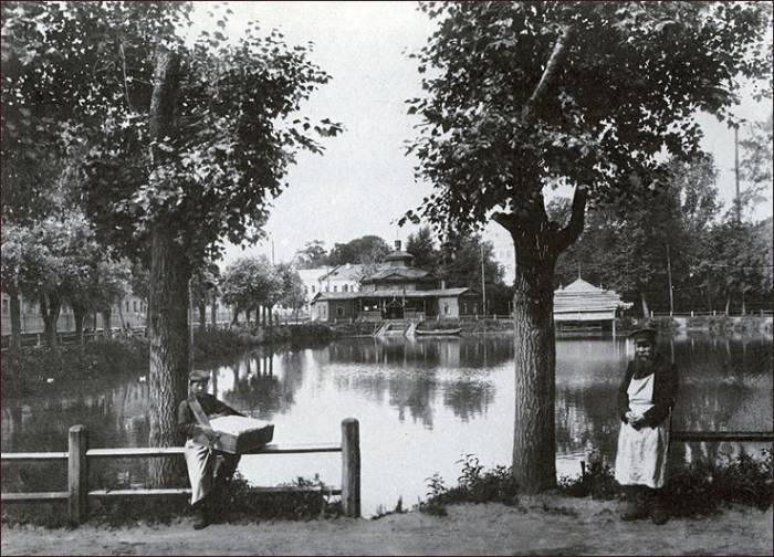 Чёрный пруд М.Дмитриева.jpg